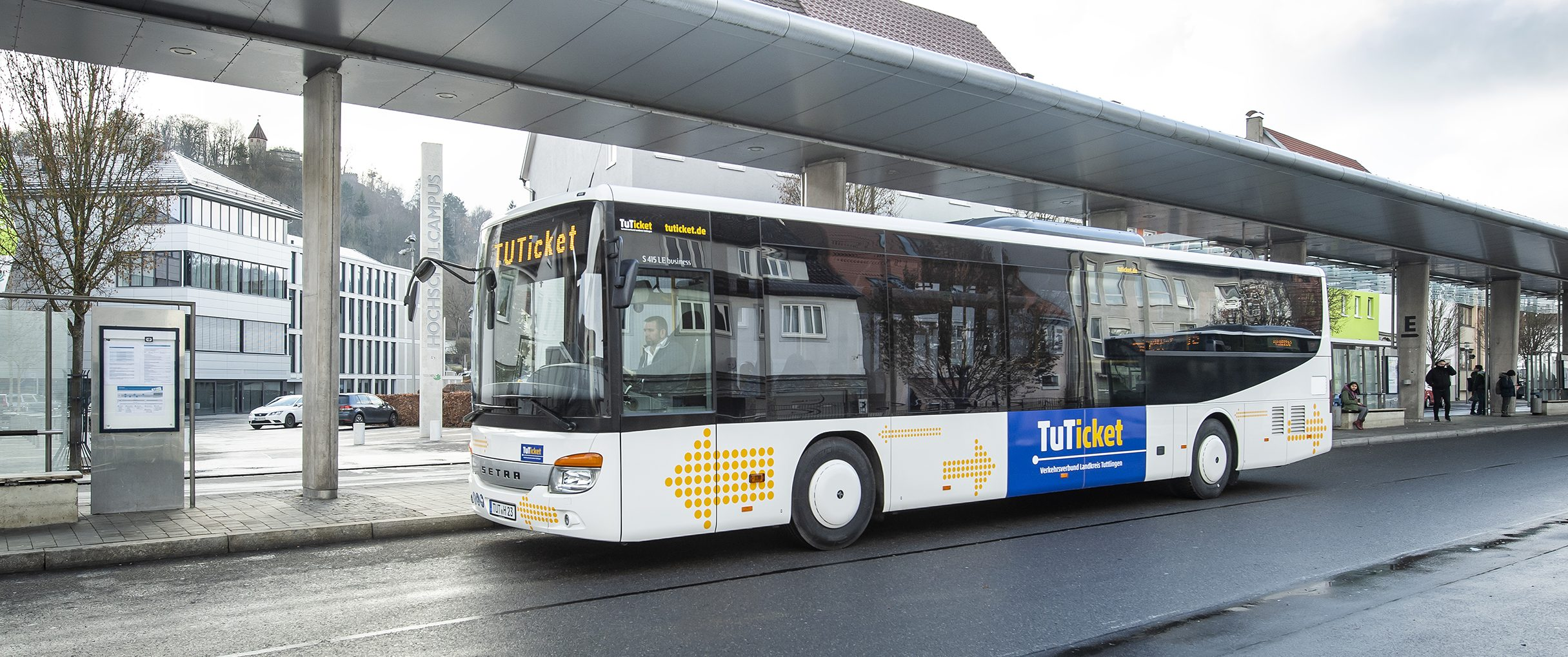 Bus am ZOB in Tuttlingen